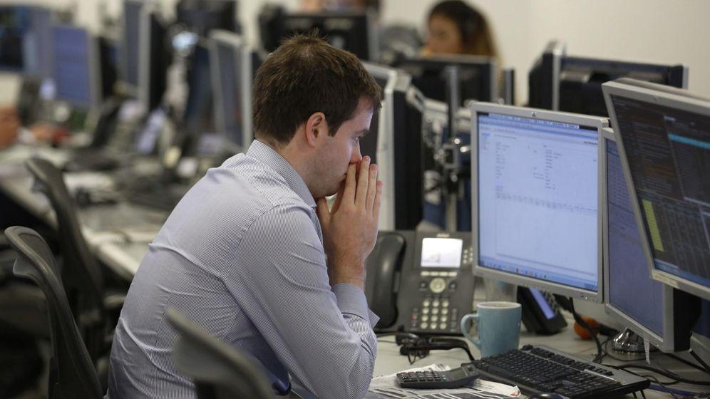 Foto: Trader operando. (REUTERS/Luke MacGregor)