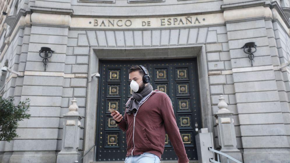 Foto: Sede del Banco de España en Barcelona durante el estado de alarma. (Reuters)