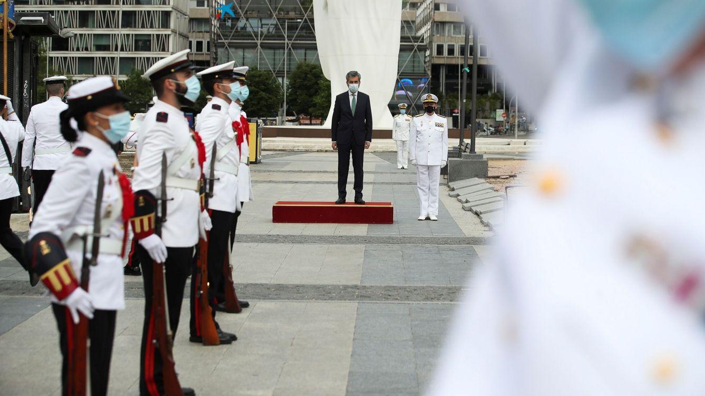 Foto: El presidente del Tribunal Supremo, Carlos Lesmes (c), participa en un acto por la proclamación de Felipe VI como rey de España. (EFE)