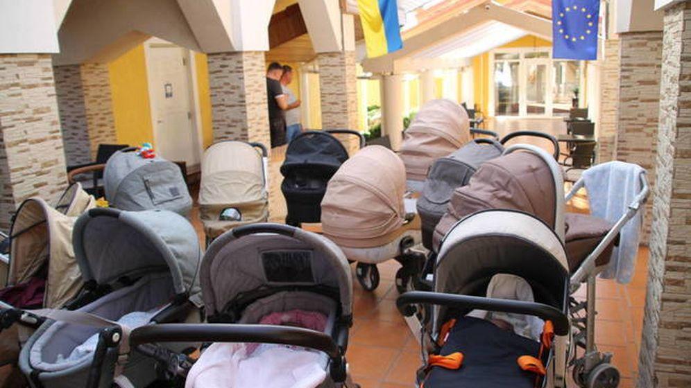 Foto: Familias atrapadas en Ucrania. (Foto cedida)