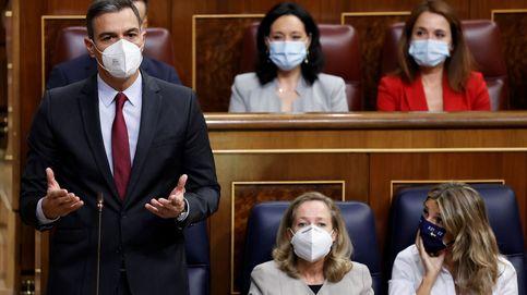 Casado insiste en que España será rescatada y Sánchez le recrimina los abucheos del 12-O
