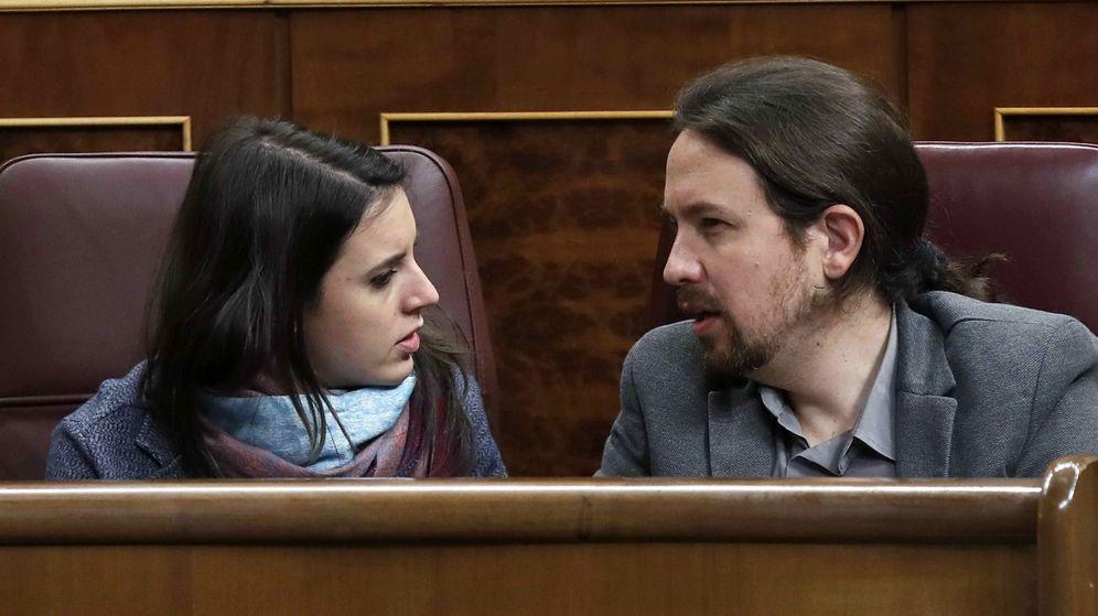 Foto: Montero e iglesias en el congreso. (Efe).