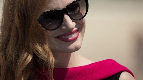 Jessica Chastain usa el 'sticker churro' de Terelu: el momento pre-Oscar más bizarro