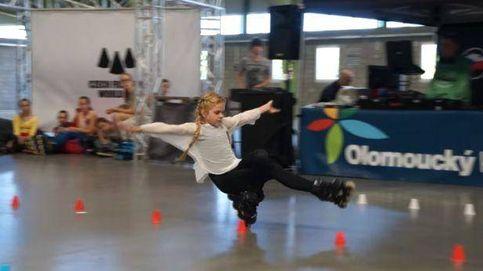 La niña de 11 años que 'vuela' sobre sus patines
