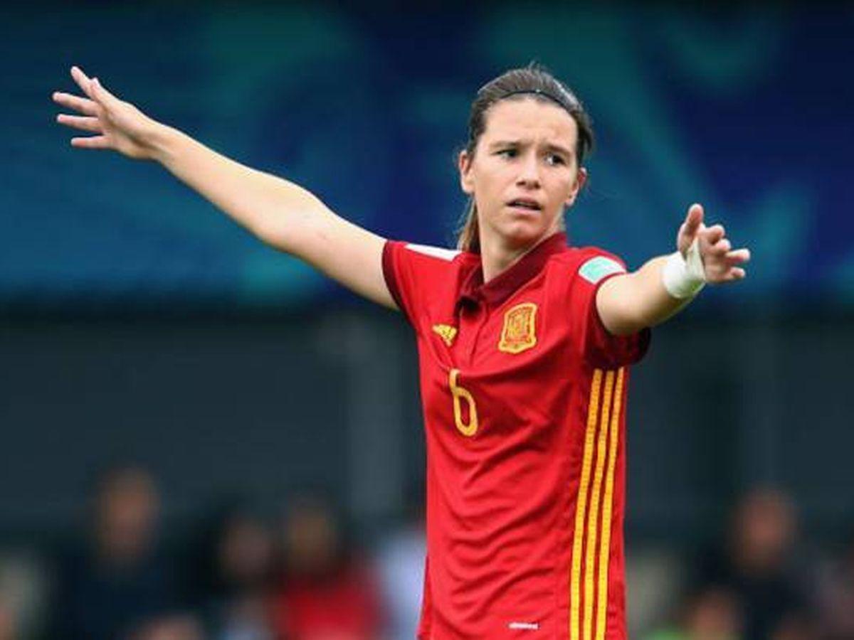 Foto: Damaris Egurrola, ex jugadora del Athletic, en un partido con la Selección. (EFE)
