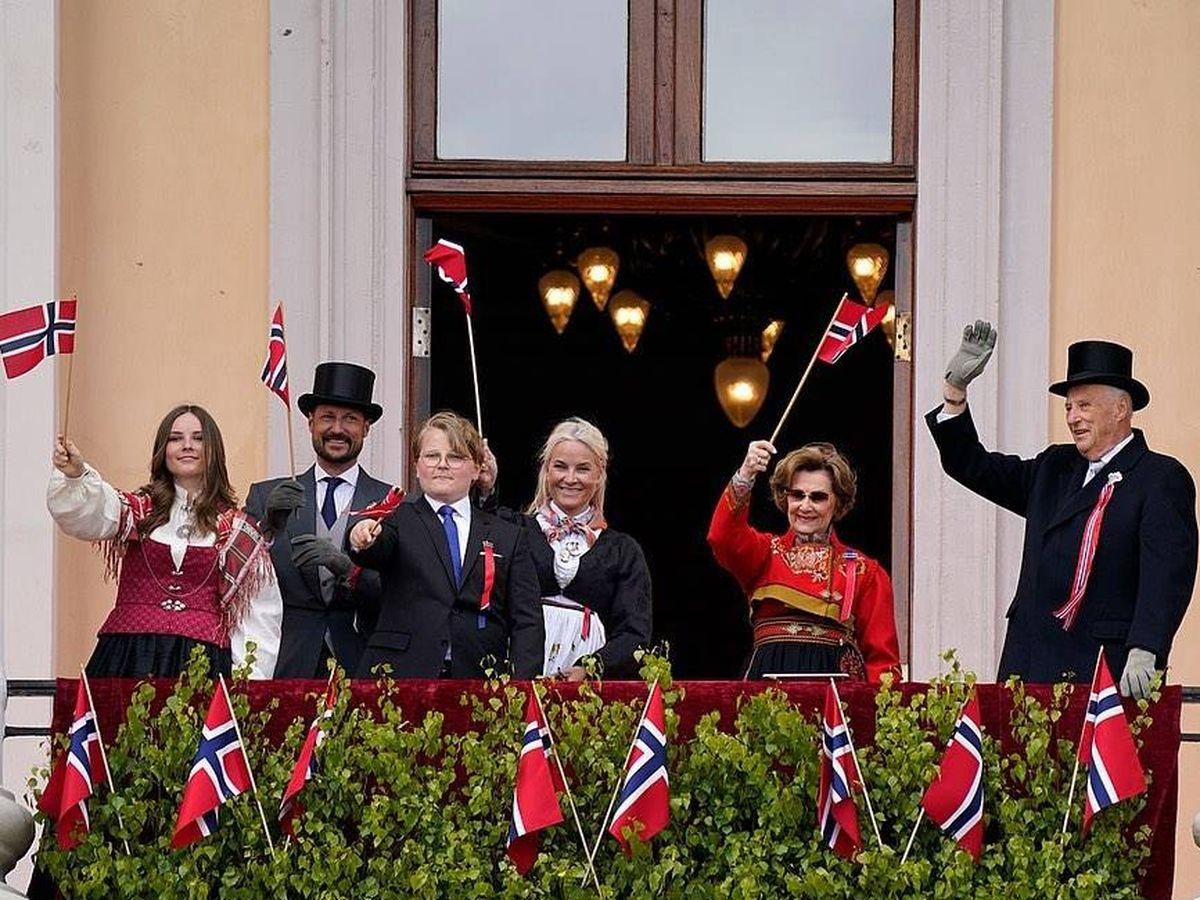 Foto: La familia real noruega, durante la celebración del Día Nacional. (IG)