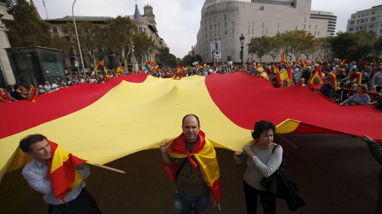 Foto: Manifestación en Cataluña durante el 12 de octubre de 2015. (Reuters/Albert Gea)