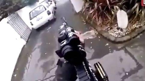 Dos terroristas abren fuego en dos mezquitas en Nueva Zelanda y lo emiten en directo