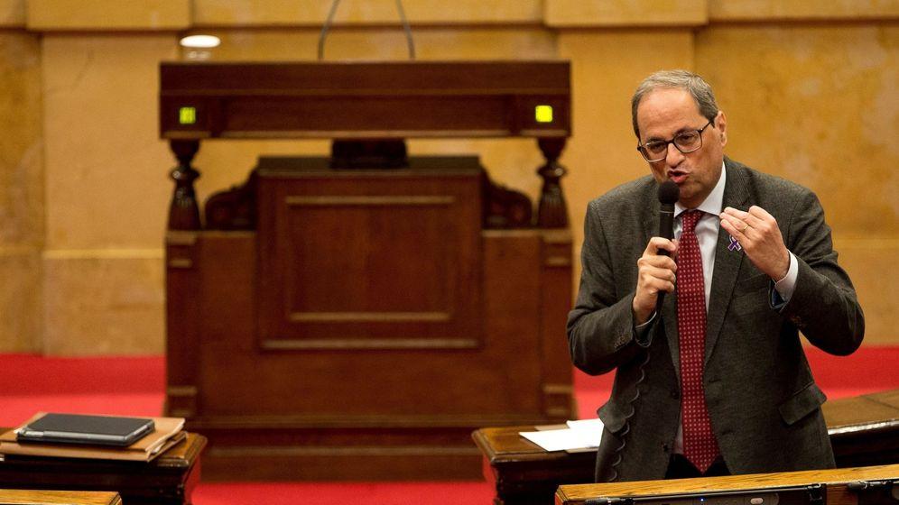Foto: Quim Torra durante una sesión de control al Govern en el Parlament. (EFE)