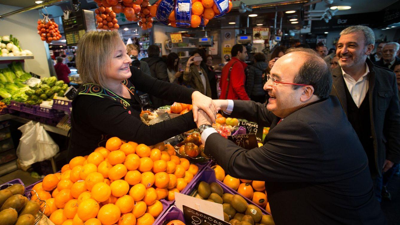 El PSC afina su campaña: presidencialista, menos días de Sánchez y gran peso de Borrell