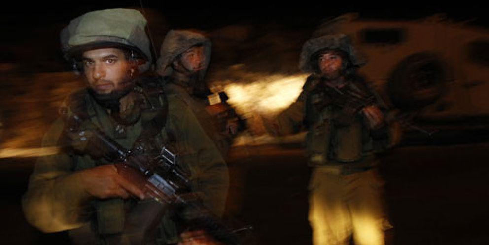 Foto: Cuatro israelíes muertos en un ataque en vísperas del relanzamiento de las negociaciones
