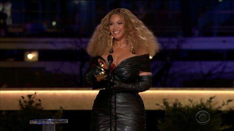 Las artistas Taylor Swift y Beyoncé hacen historia en los Grammy
