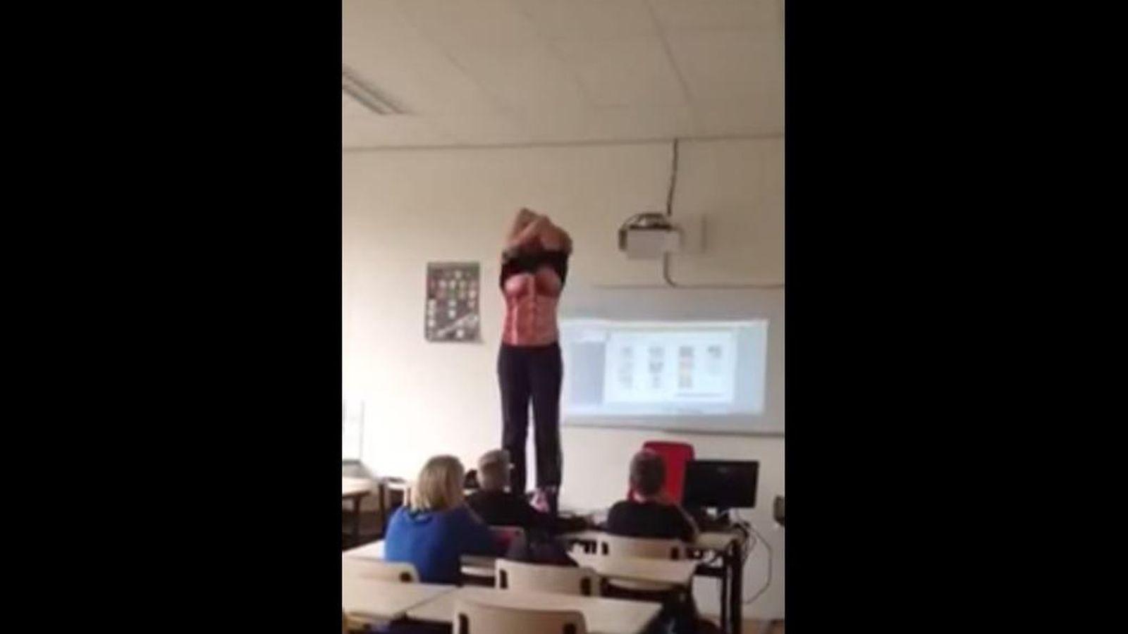 Adolescentes Follando Videos Porno vídeo: una profesora se desnuda ante sus alumnos para