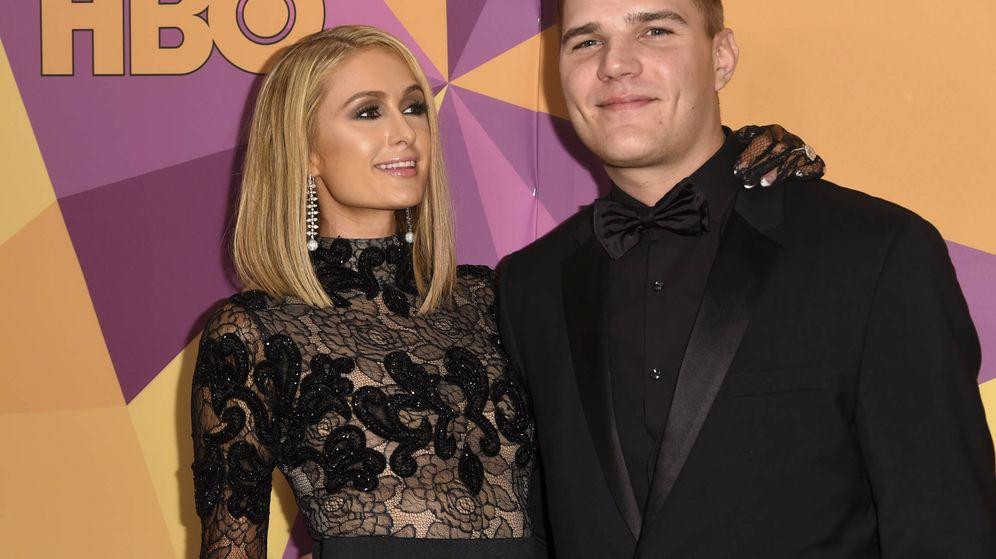 Foto: Paris Hilton y Chris Zylka en la fiesta posterior a los Globos de Oro. (Gtres)