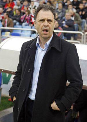 """Caparrós: """"Vamos al Bernabéu a ganar prestigio y credibilidad"""""""