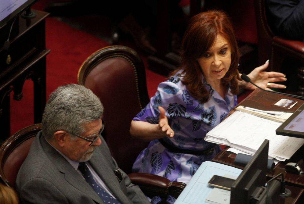 Foto: La expresidenta argentina Cristina Fernández Kirchner durante un debate en el Congreso, en Buenos Aires. (Reuters)