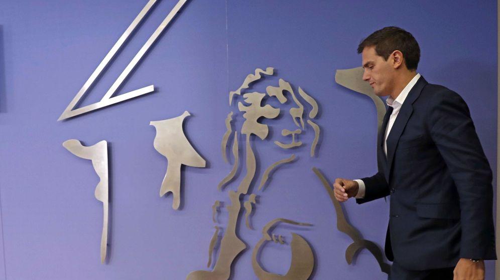Foto: El presidente de Ciudadanos, Albert Rivera, en el Congreso este martes. (EFE)
