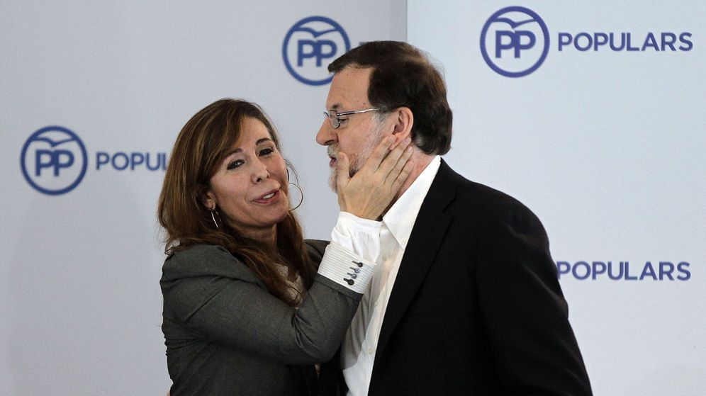 Foto: Alicia Sánchez-Camacho, junto a Mariano Rajoy (Efe).