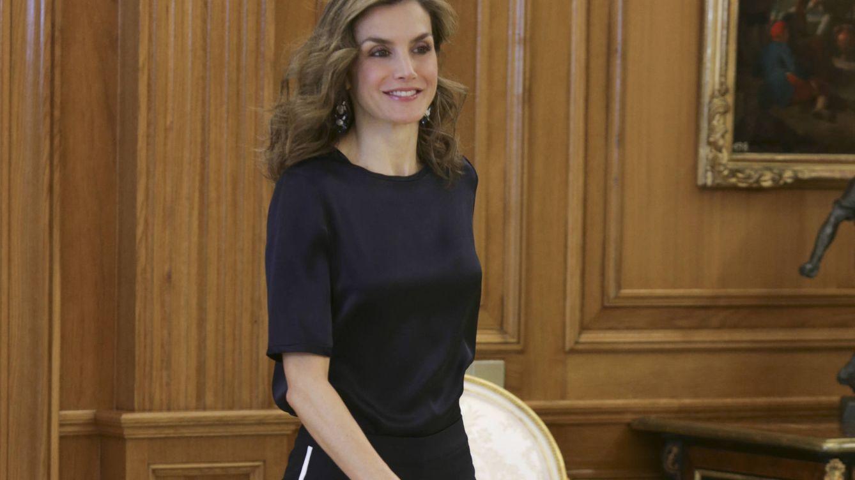 El desafortunado aire 'chandalero' de la Reina Letizia para presidir unas audiencias