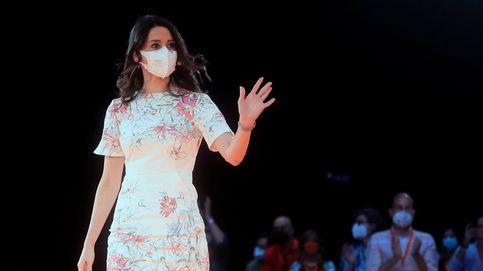 El significado tras el vestido de Arrimadas en la convención de Ciudadanos