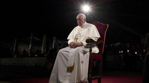 Via Crucis con el Papa, en directo: sigue este Viernes Santo desde la (completamente vacía) plaza de San Pedro del Vaticano