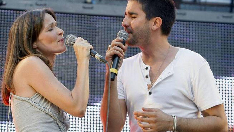 Sharon Corr canta con Álex Ubago en Madrid. (EFE)