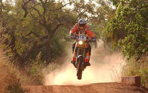 Dakar 2002: el día en que Nani Roma cayó como un animal acorralado