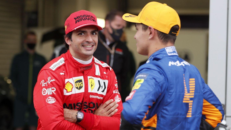 Aunque grandes rivales ahora, Sainz y Norris siguen manteniendo muy buena relación.