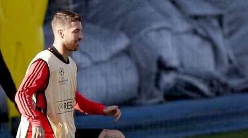Sergio Ramos pierde los nervios y le da dos pelotazos al canterano Reguilón