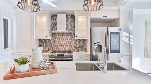 Si tienes una cocina pequeña, necesitas alguna de estas soluciones de Leroy Merlin y Kenay Home