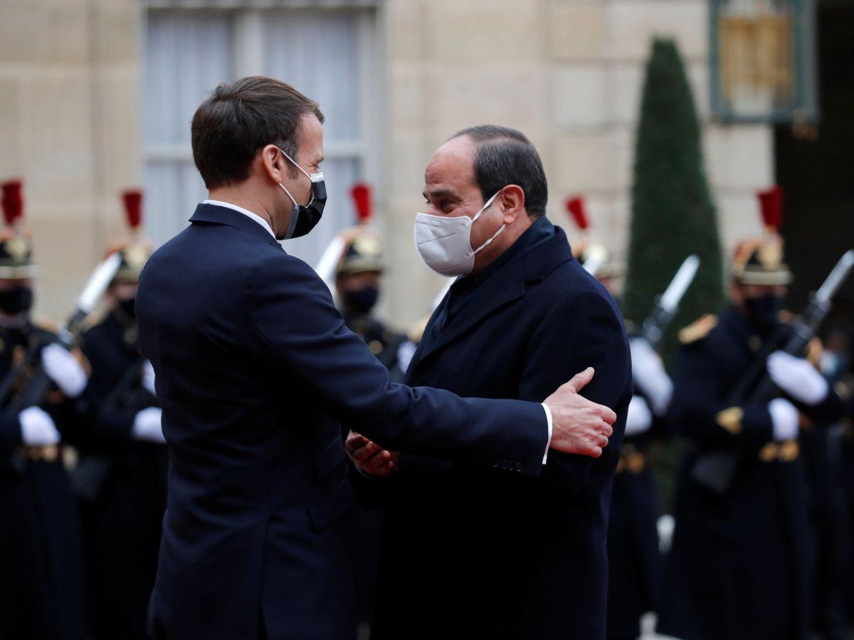 Foto: Emmanuel Macron, y su homólogo egipcio, Abdelfatah al Sisi. (Reuters)
