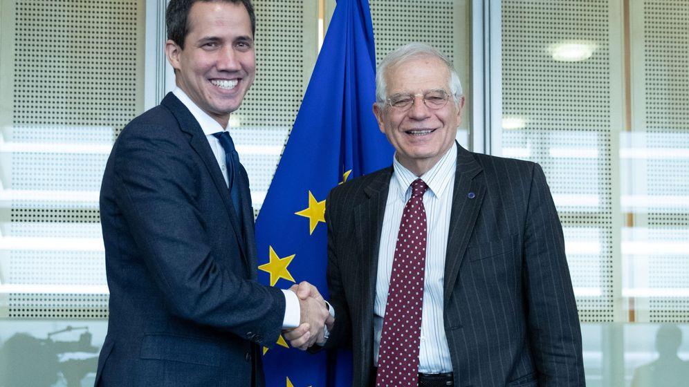 Foto: Líder opositor Juan Guaidó se reúne con Josep Borrell en Bruselas. (Reuters)