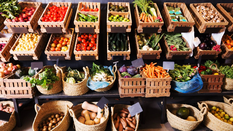 Frutas y verduras, una buena opción.