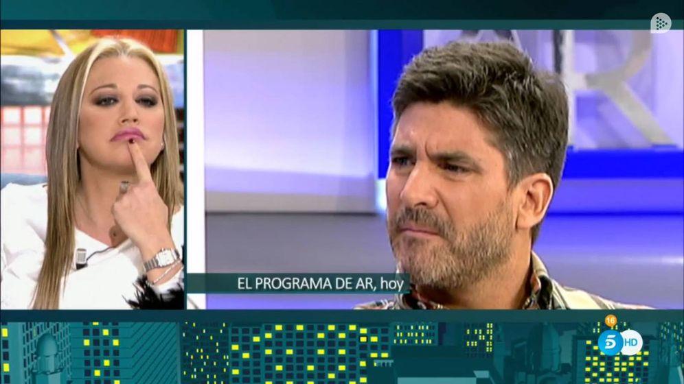 Foto: Belén Esteban mira con desdén la primera entrevista de Toño Sanchís en Telecinco