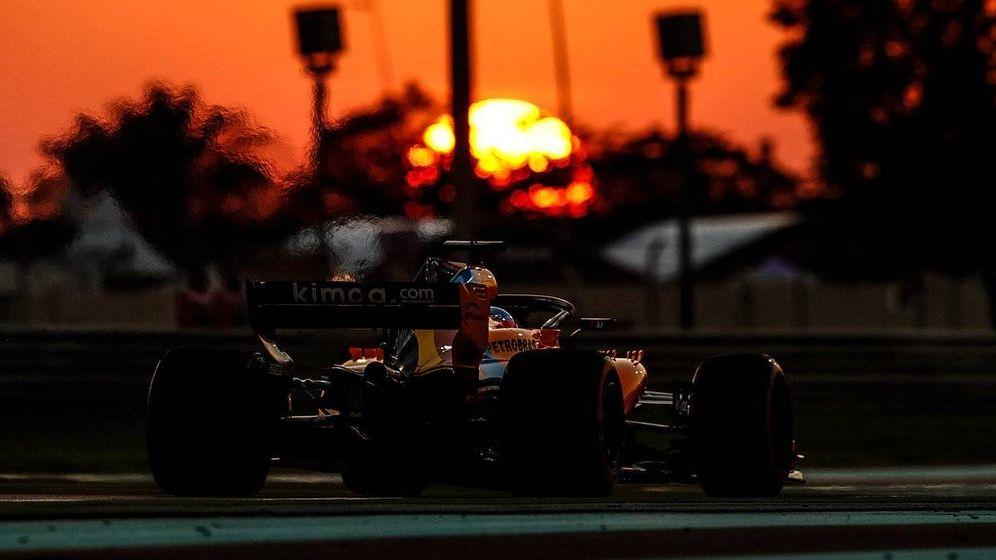 Foto: Fernando Alonso, en los últimos entrenamientos de un viernes en la Fórmula 1. (McLaren)