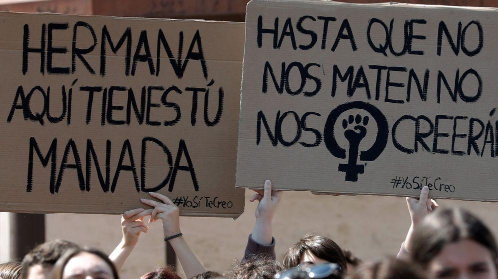 Foto: Manifestación por la sentencia de la Manada. (EFE)