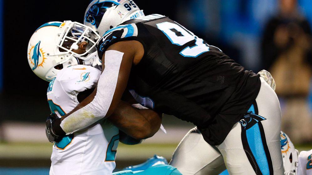Foto: El fútbol americano, uno de los deportes de contacto más agresivos del mundo. (Reuters)