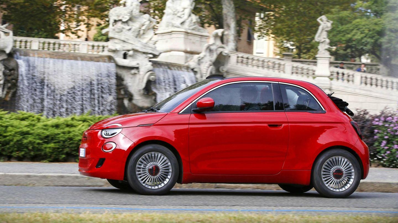 El Nuevo (500)RED cuenta con dos niveles de autonomía y potencias: 95 CV y 190 kilómetros de autonomía o 118 caballos y 320 km.