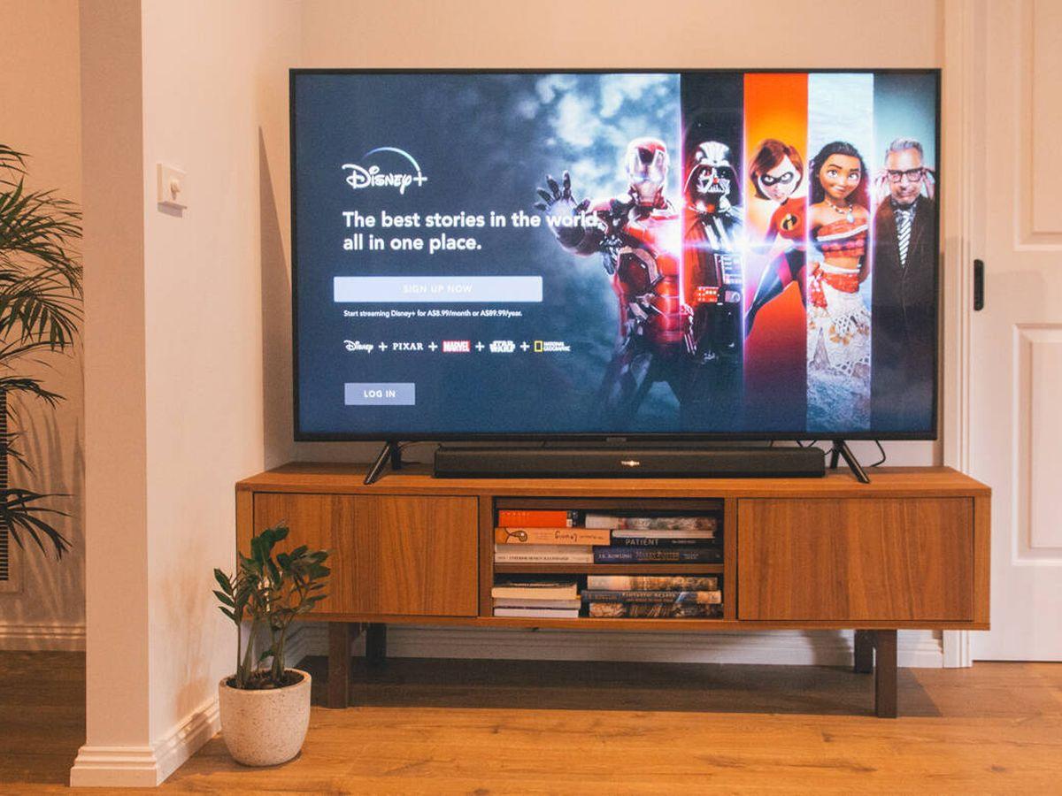 Foto: Televisiones y barras de sonido para disfrutar como si estuvieras en el cine (Marques Kapsbrak para Unsaplash)