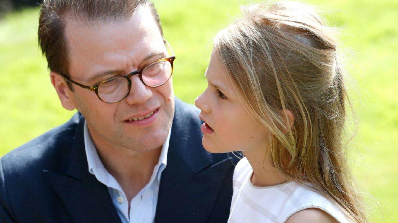 Daniel Westling, con su hija. (Getty)
