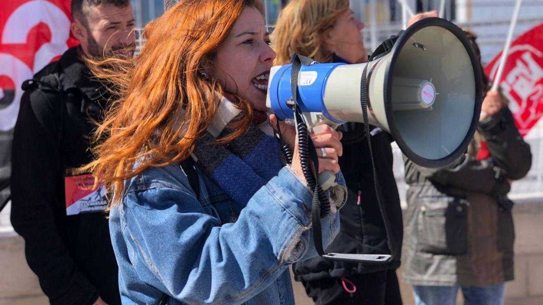 Foto: Imagen de una de las huelguistas (Foto: M. Mcloughlin)