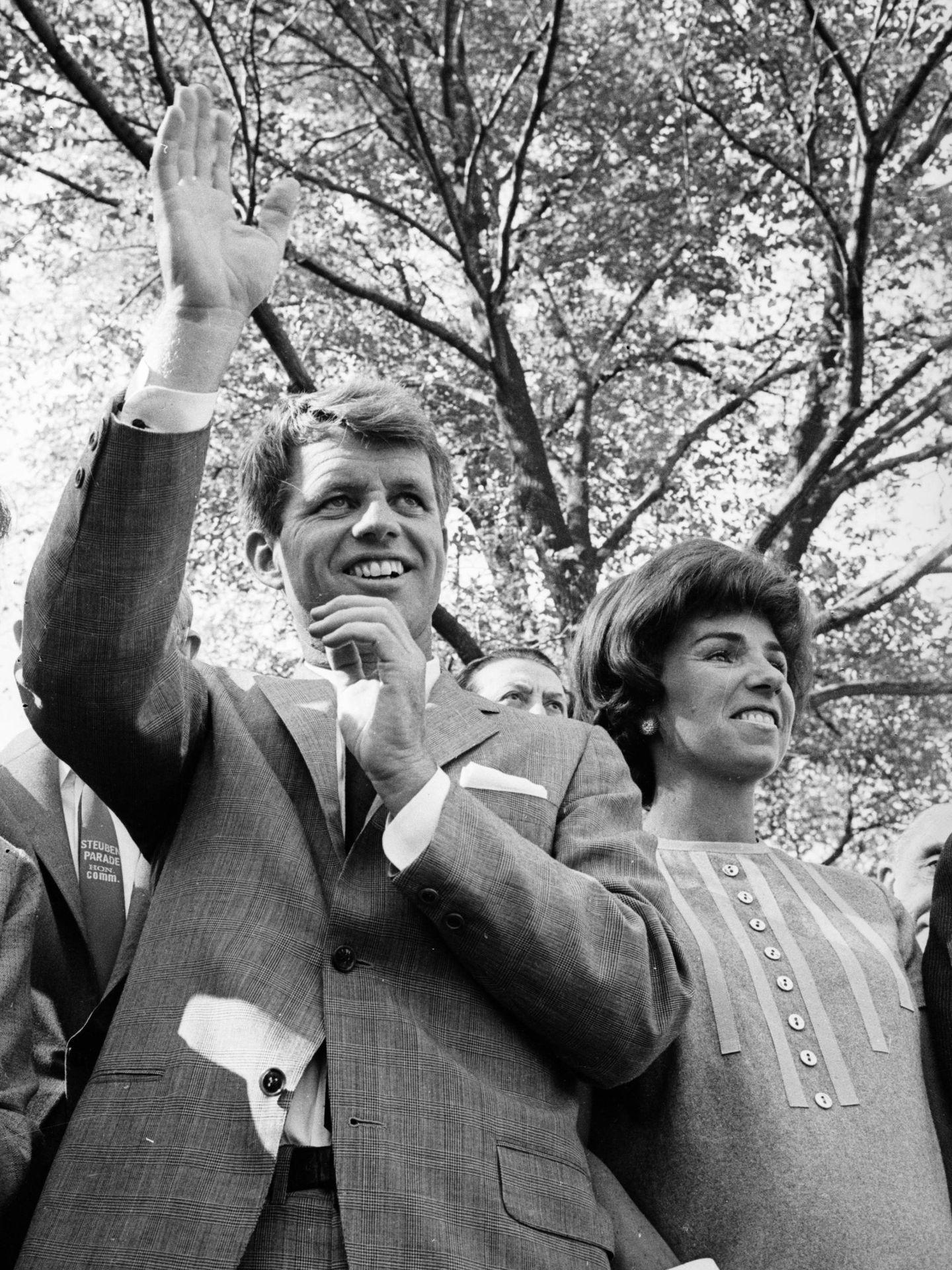Robert F. Kennedy y su mujer Ethel, en una imagen de 1964. (Getty)