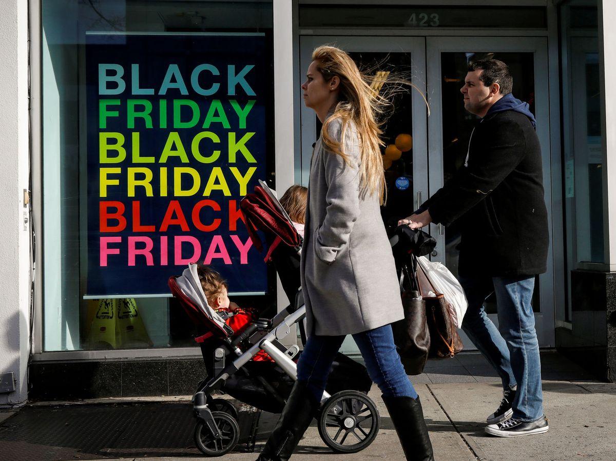 Foto: Esto es todo lo que tienes que saber sobre el Black Friday de este año. (Reuters)