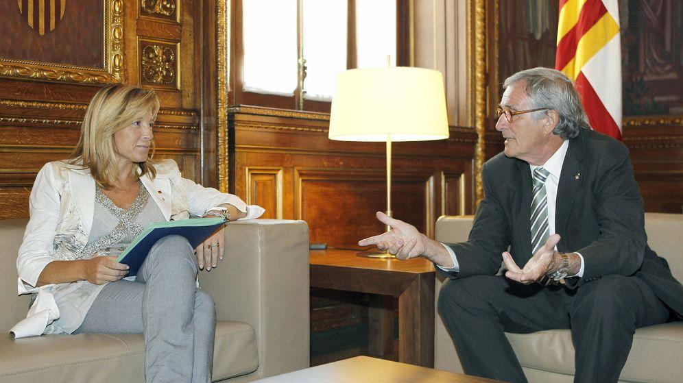 Foto: El alcalde de Barcelona, Xavier Trias, con la vicepresidenta del Govern de la Generalitat, Joana Ortega. (EFE/Andreu Dalmau)