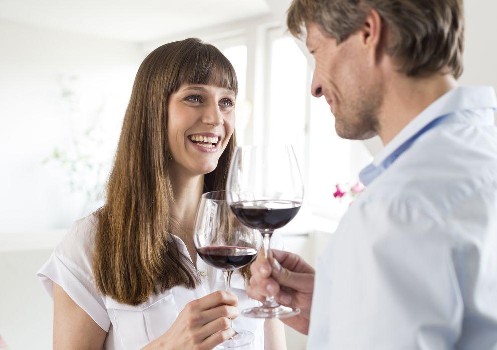 Foto: Cada vez más personas se presentan a sí mismas como expertos en vino, aunque no lo sean. (Corbis)