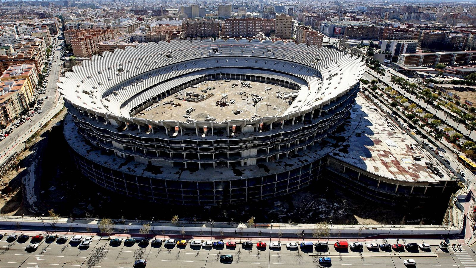 Foto: El Nuevo Mestalla, cuyas obras se paralizaron hace casi 10 años. (EFE)