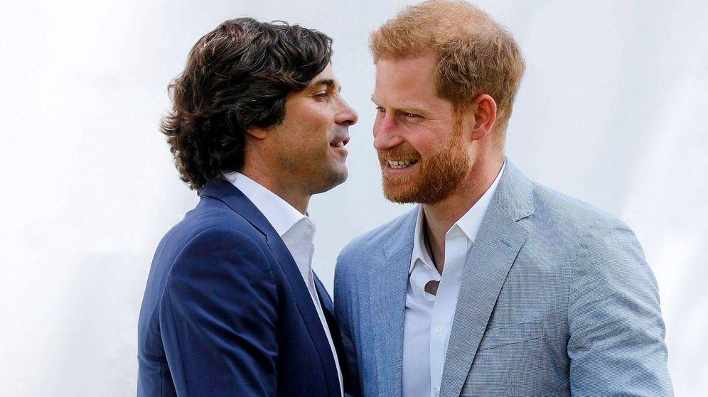 Foto: Nacho Figueras y Harry, en una imagen de archivo. (EFE)