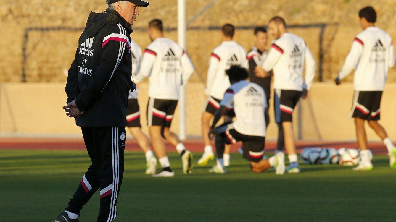 Foto: Carlo Ancelotti, durante un entrenamiento del Real Madrid (Efe).