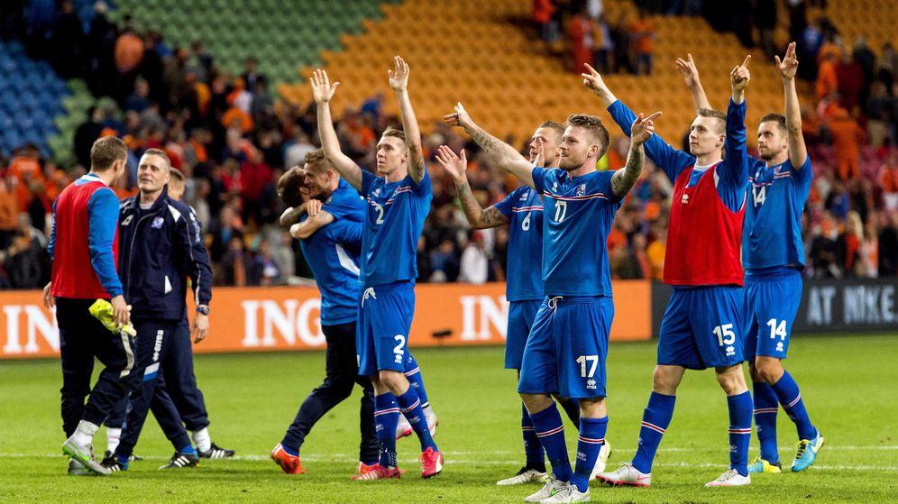 Foto: Islandia pone rumbo a la Eurocopa: el milagro de la selección que surgió del frío