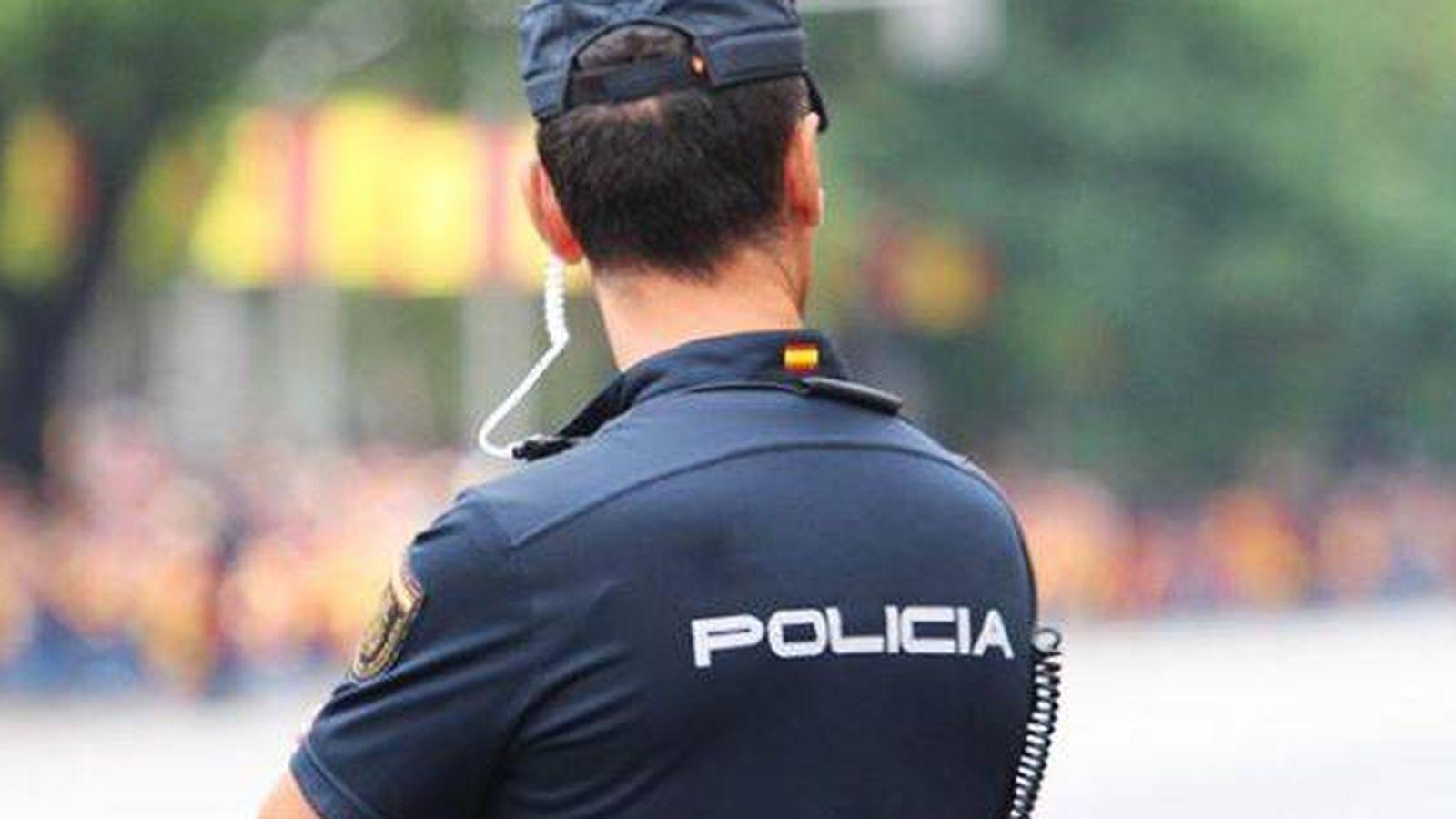 Foto: Un miembro de la Policía Nacional. (Efe)
